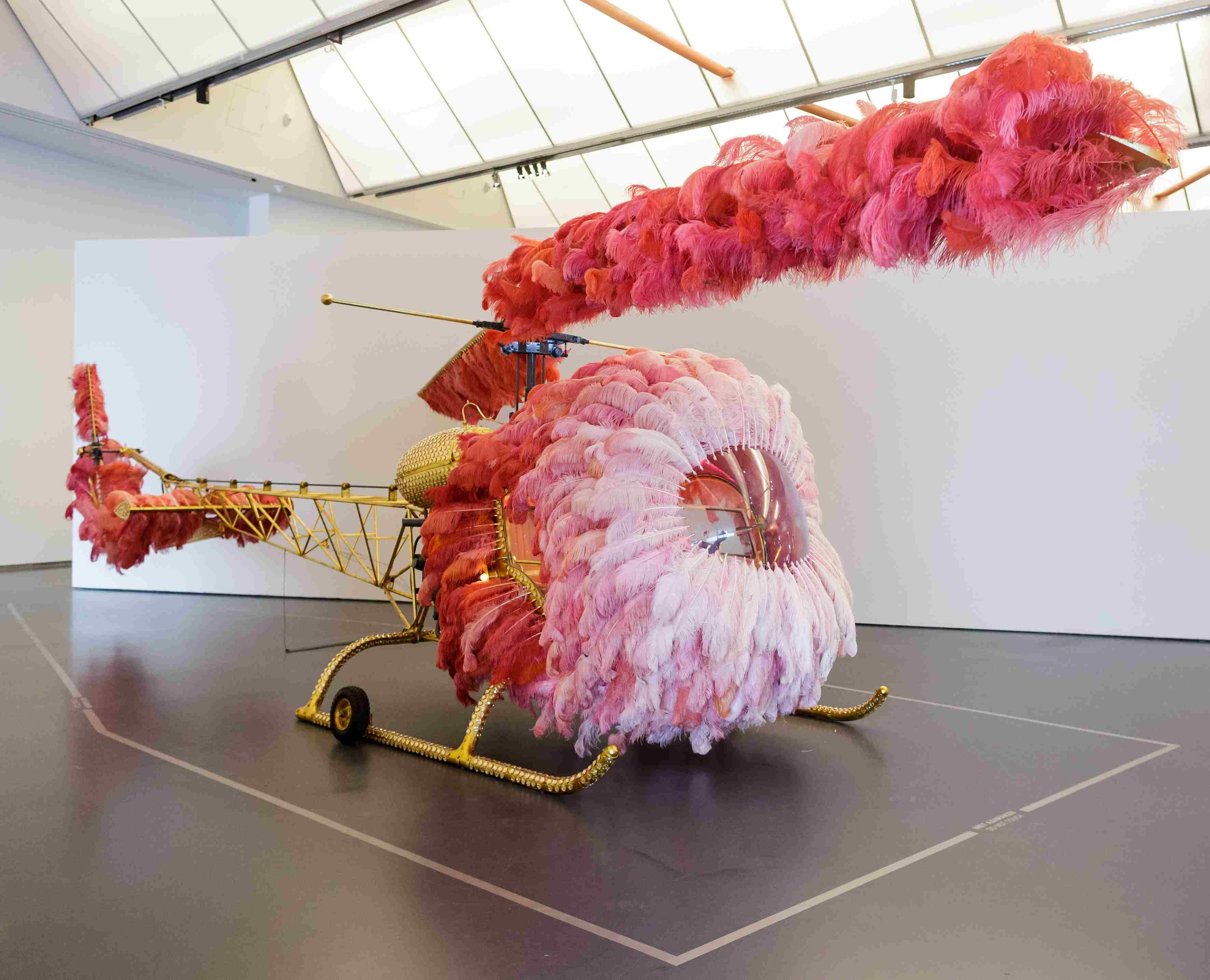 Opening Joana Vasconcelos_I m Your Mirror.jpg