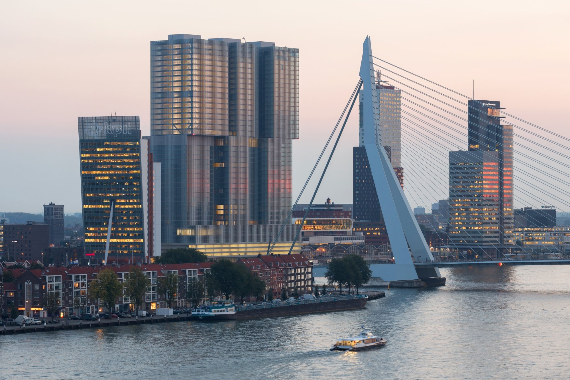 Rotterdam in top 10 kunsthal for Architecture rotterdam